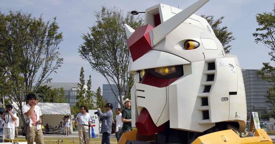 Cabeça de Gundam