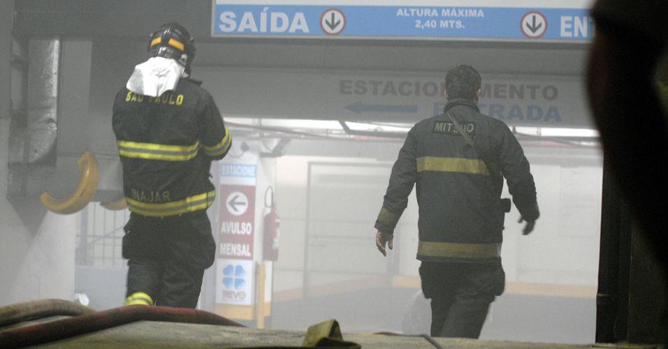 Princípio de incêndio em estacionamente