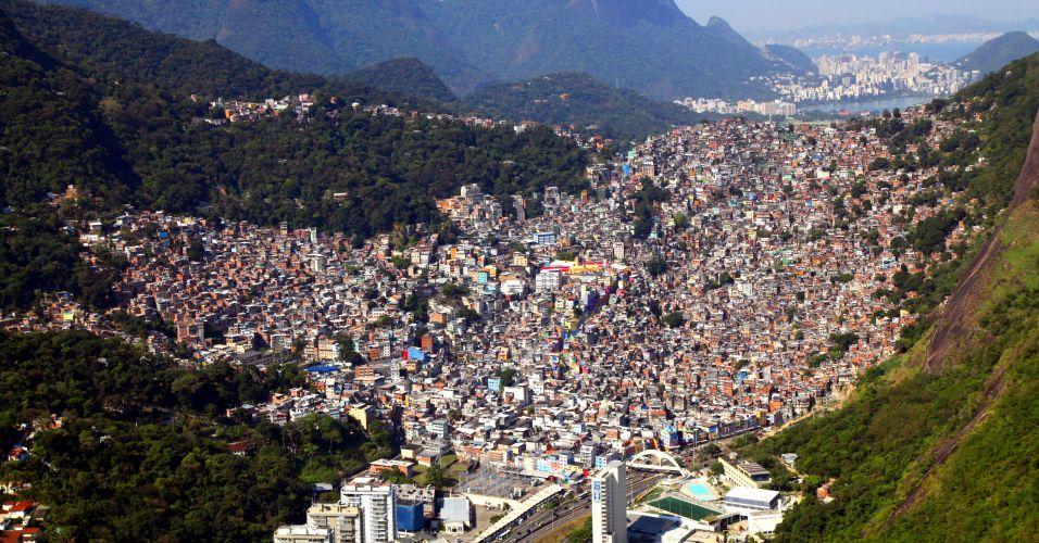 Vista aérea da favela da Rocinha