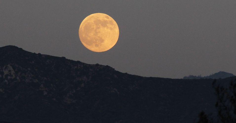 Lua cheia na Califórnia