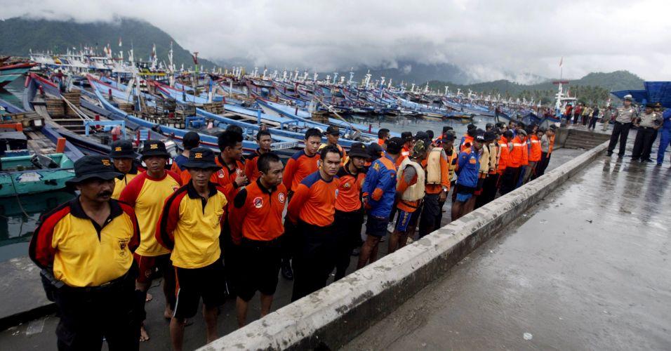 Bote afundado na Indonésia