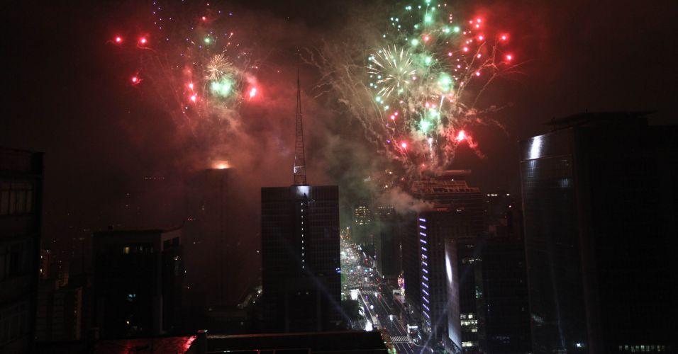 Fogos na Avenida Paulista, em SP