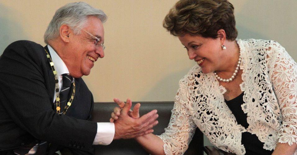 Dilma cumprimenta FHC