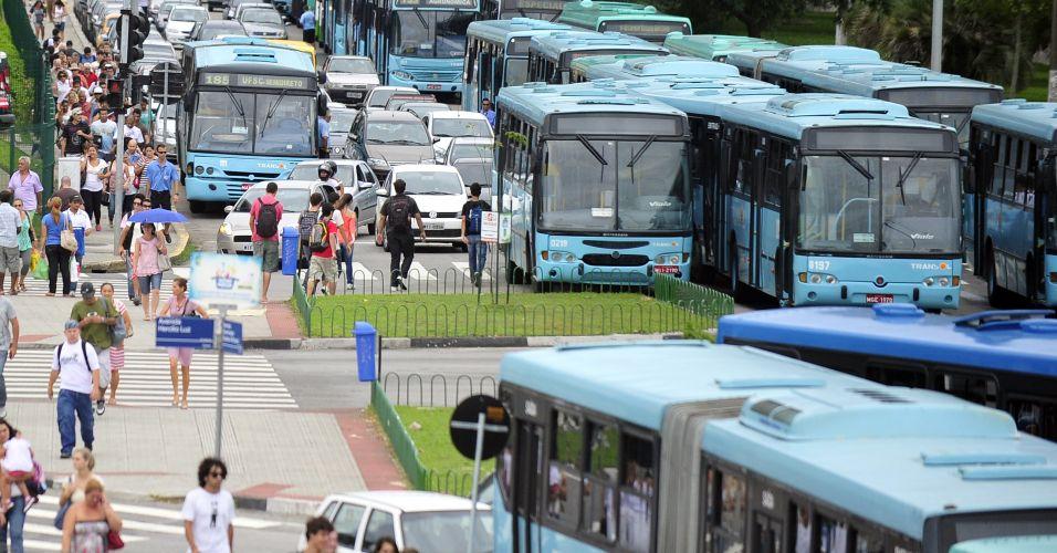 Paralisação de ônibus em SC