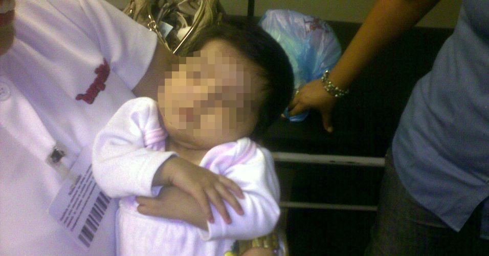 Bebê abandonado em mercado (SP)
