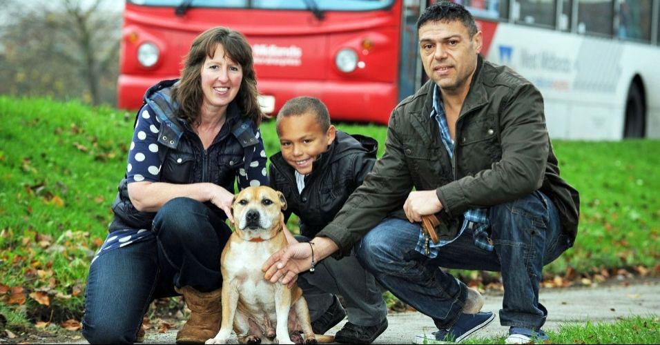 Família reencontra cão após 5 anos