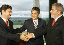 Wagner e Lula em carreata do 2º turno em Juazeiro (BA)